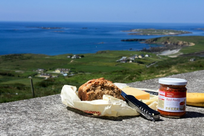 Picnic in Connermara, Ireland I @SatuVW I Destination Unknown