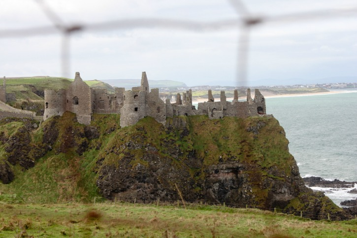 Dunluce Castle in Northern Ireland I SatuVW I Destination Unknown