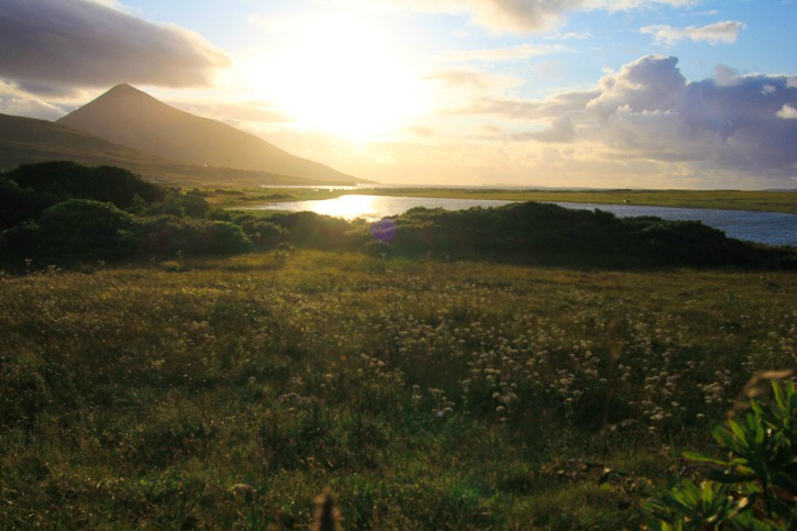 Sunset in Achill, Ireland I @SatuVW I Destination Unknown