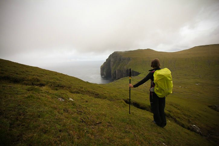Hiking in Faroe Islands I @SatuVW I Destination Unknown