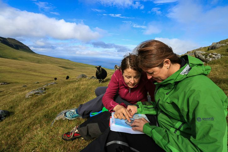 Map Reading Faroe Islands I @ Kate Cornfield I Destination Unknown
